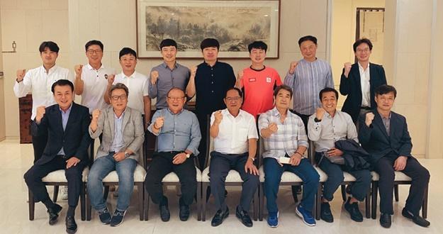 베트남에 K-스포츠 바람 몰고 온 지도자들